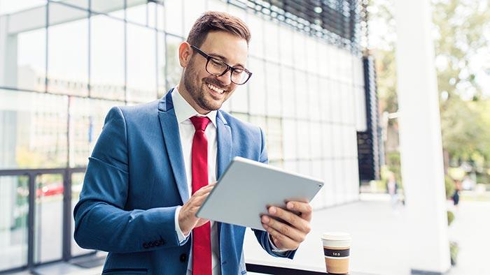Elektronischer Rechtsverkehr mobil auf dem Tablet